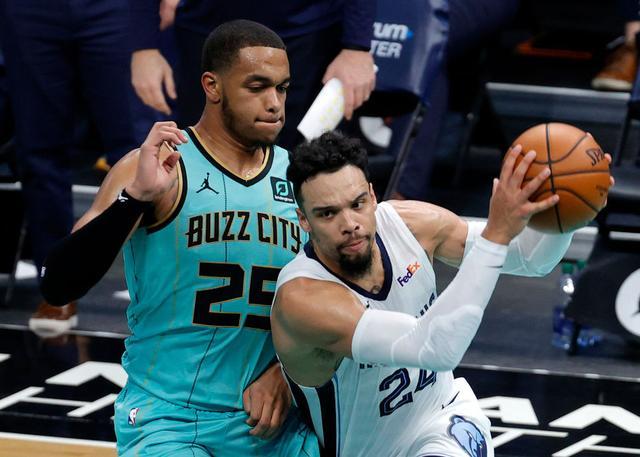 布鲁克斯21分安德森18+11 灰熊轻取黄蜂