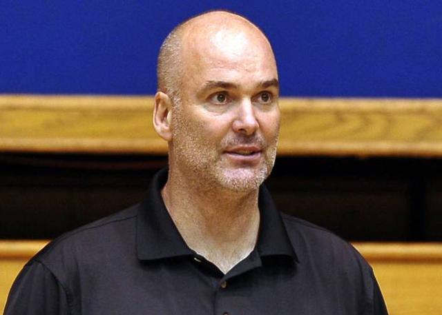 鹈鹕任命丹尼-费里为球队代理总经理