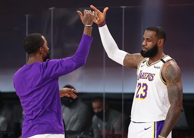 JR:詹姆斯是当世最佳 他每年都应获得MVP