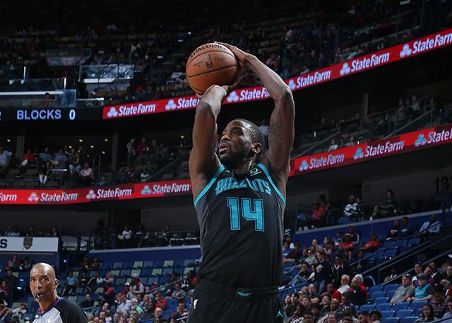 曝联盟专家建议迈基吉执行下赛季球员选项 NBA新闻
