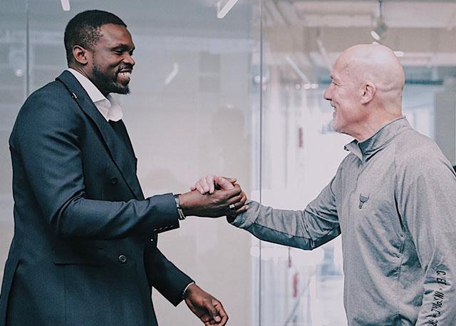 结束15年NBA生涯 罗尔-邓宣布从公牛队退役