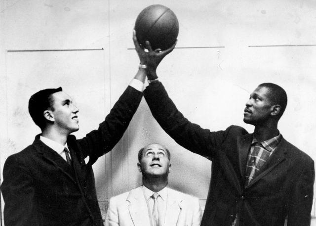 NBA档案库:奥尔巴赫妙计摘下拉塞尔