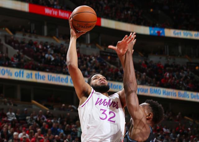 唐斯打起天赋篮球 依靠天赋为所欲为