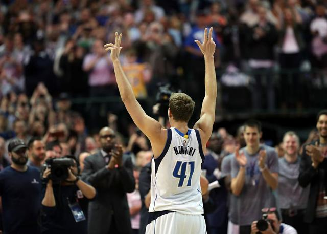 NBA主席亚当-萧华恭贺诺维斯基加入30000分俱乐部