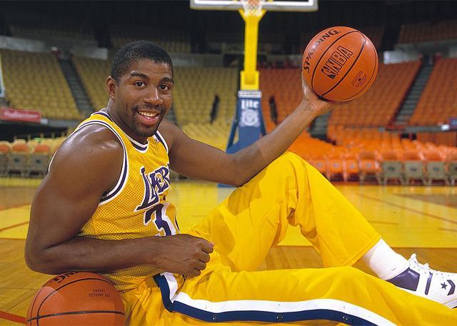 NBA50大巨星之埃尔文-约翰逊:全能魔术师