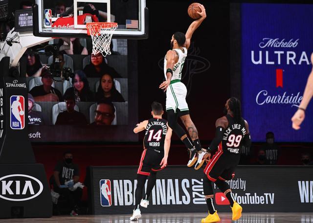 【半場戰報】Butler 13+4,Tatum爆發12+6+8,熱火半場領先綠軍2分!(影)-籃球圈