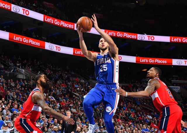 西蒙斯生涯新高31分18篮板 76人险胜奇才