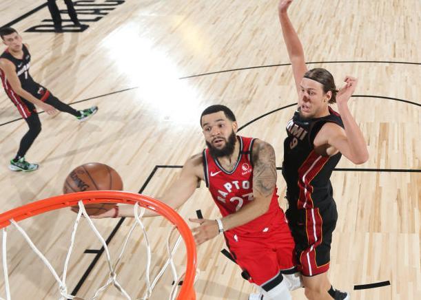 范弗里特创得分新高 纳斯:他篮球智商很高