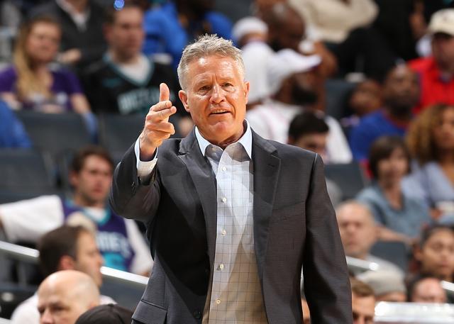 布朗:若夺前四季后赛76人能掌控自己命运