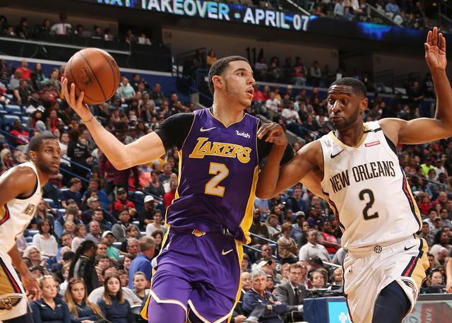 沃顿鼓励鲍尔出手:我需要敢于投篮的控卫
