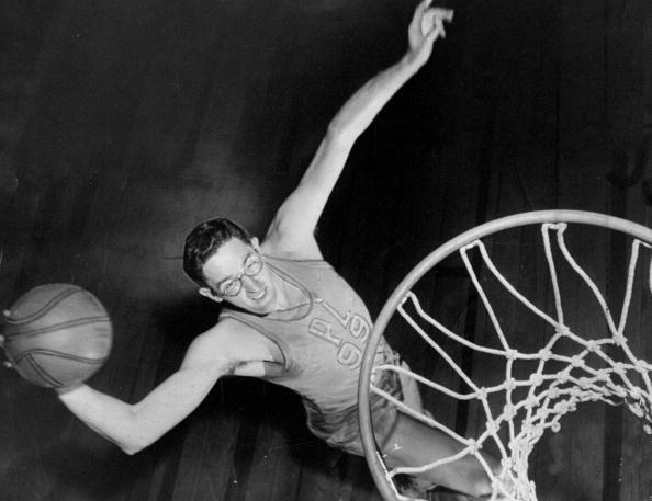 NBA编年史之1947-1956:超巨麦肯制霸
