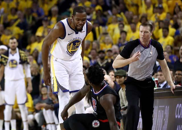 首场即遭对手针对 状态无忧阿杜仍需要克制 NBA新闻