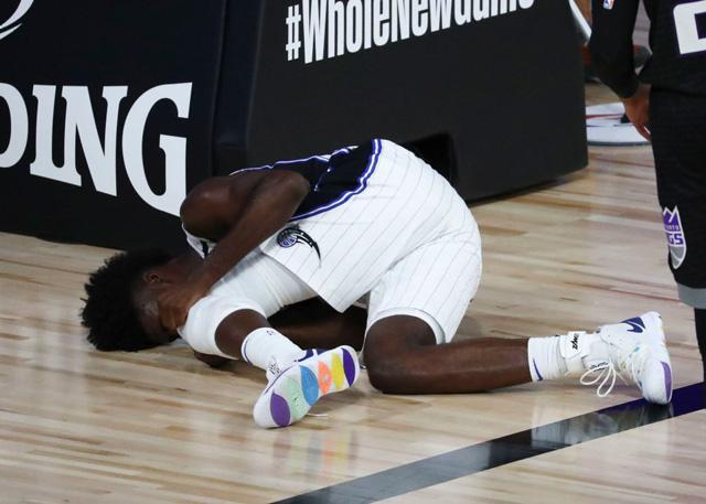 官方:艾萨克左膝十字韧带撕裂 无限期缺阵_NBA中国官方网站