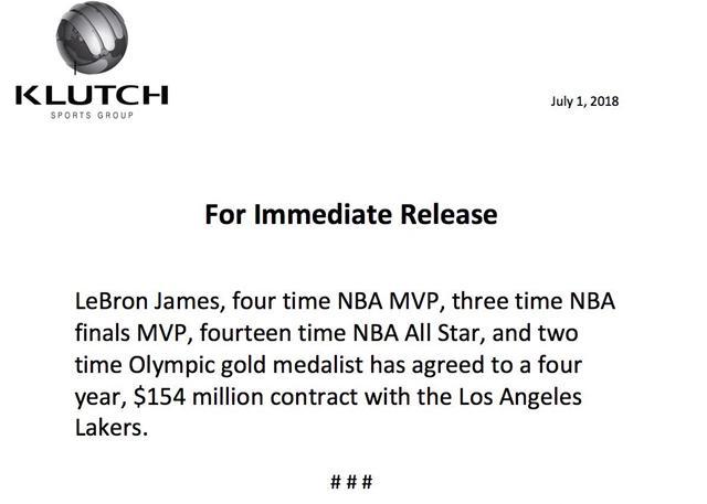 詹姆斯同意将以四年合同签约洛杉矶湖人