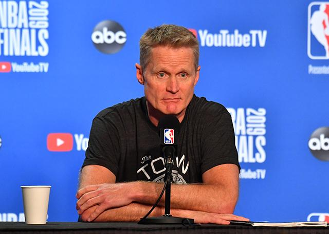 科尔:若知道KD可能跟腱受伤 绝不让他上场