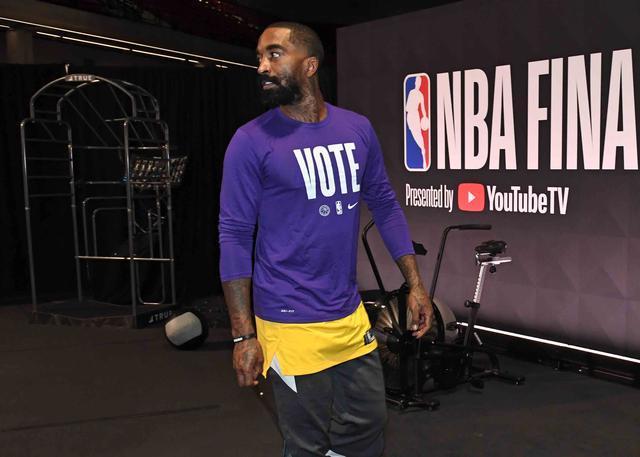 JR:知道自己付出了什么 不在乎他人的评价