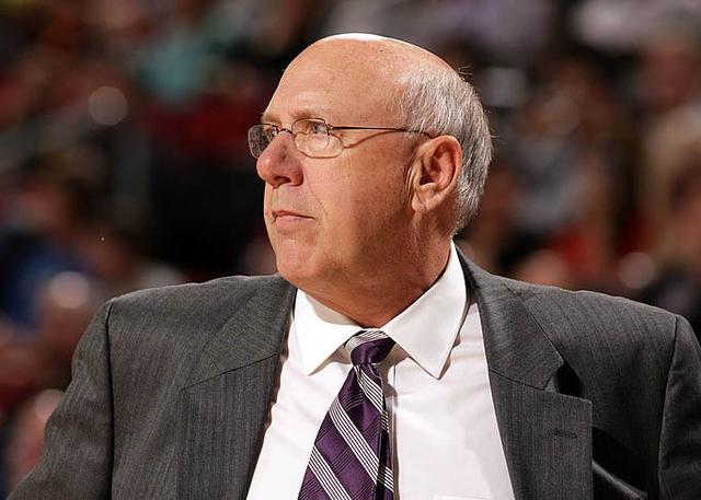 掘金正式聘请鲍勃-韦斯担任球队助理教练