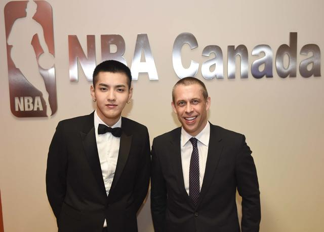 吴亦凡对话舒德伟: 篮球是我们人生的重要一课