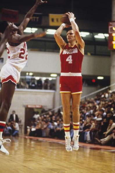"NBA50大球星之巴里:用""端尿盆""式罚球的得分狂人"