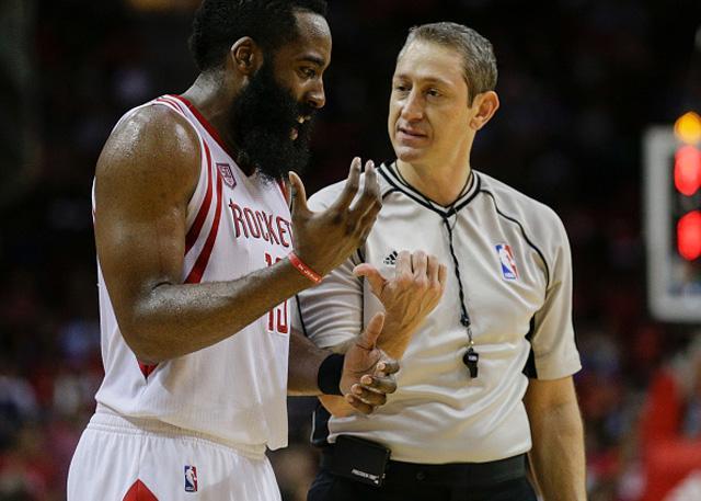 哈登笑称像博尔特一样快 坦言不在乎MVP