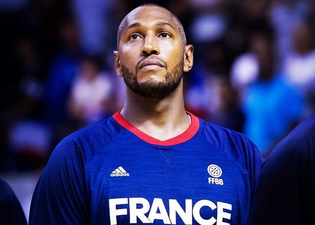 近20年首度无缘八强 老迪奥向法国球迷致歉