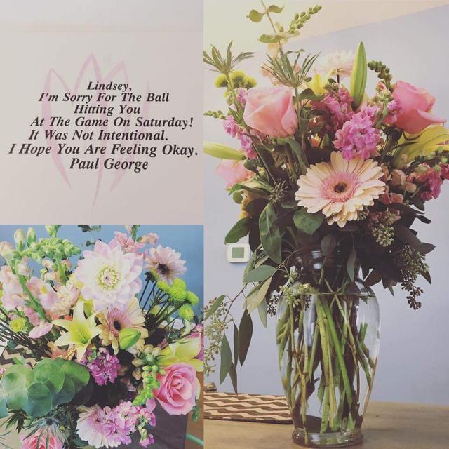 道歉!保罗-乔治送花给被误伤的球迷