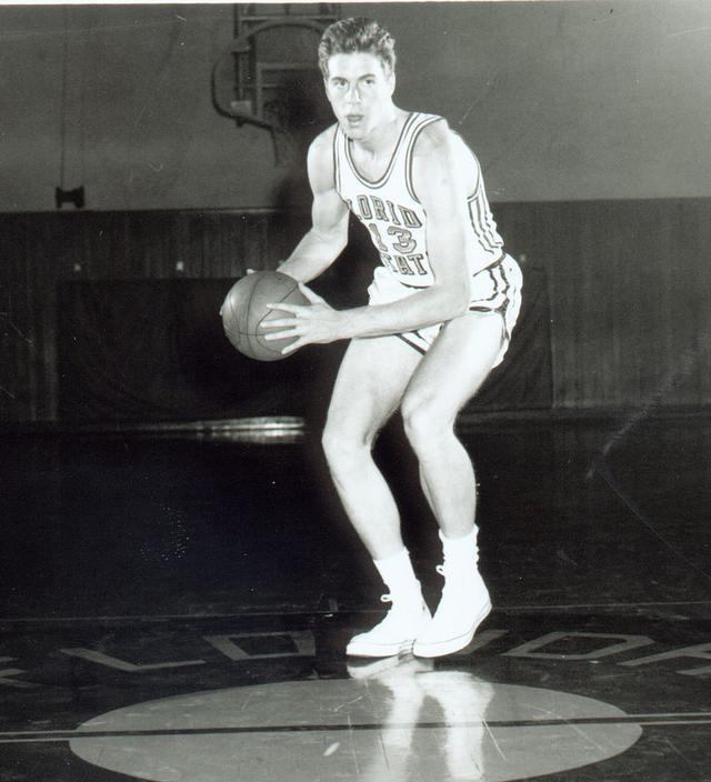 NBA50大巨星之戴夫-考恩斯