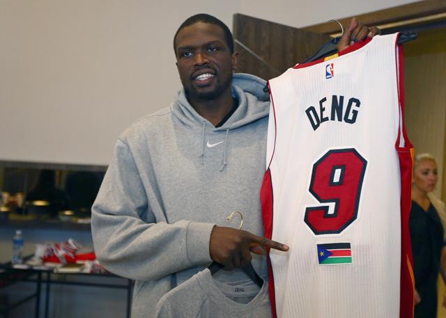 罗尔-邓将担任NBA非洲赛的非洲队队长