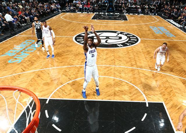 大帝已是成名巨星 29分14篮板真常规操作