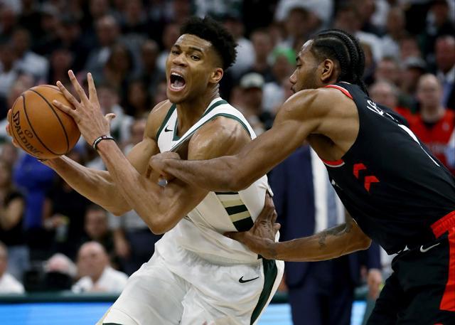 末节逆转 字母哥:这样的比赛对我们有好处 NBA新闻