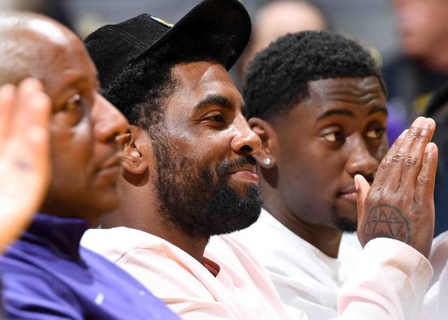 欧文设立基金 帮助不参与复赛的WNBA球员