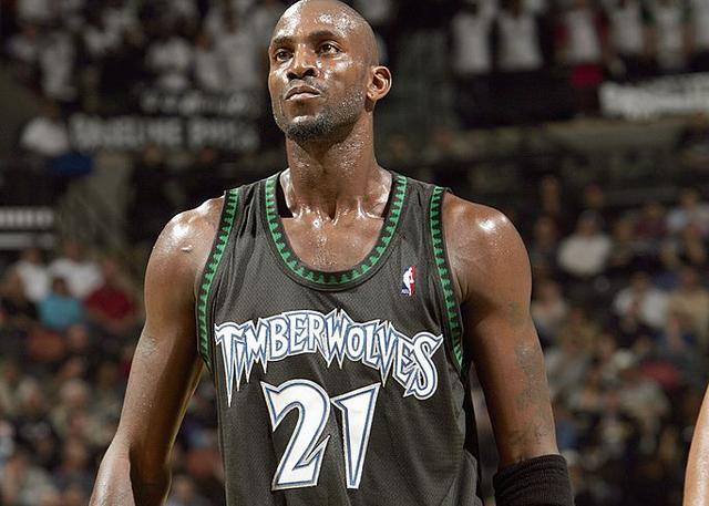 烈火般的狼王:一些关于加内特的记忆_NBA中国官方网站