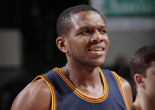 詹姆斯-琼斯成为太阳篮球事务副总裁