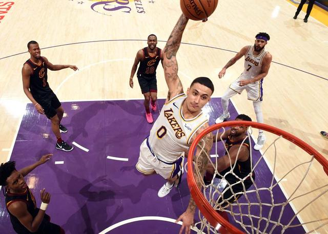 库兹玛空砍29+9+4 骑士力克湖人止12连败 NBA新闻