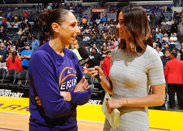 科比&詹姆斯祝贺陶乐西成为WNBA历史得分王