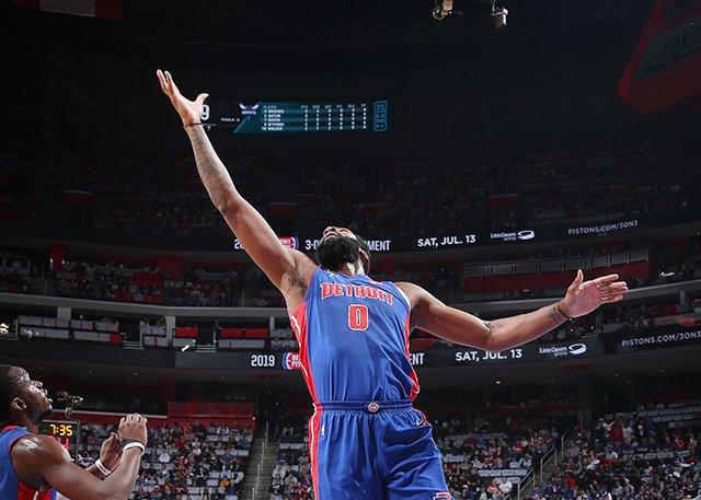 活塞輕取尼克排東區第8將戰公鹿 Reggie 21+7,抓猛哥20+18(影)-Haters-黑特籃球NBA新聞影音圖片分享社區