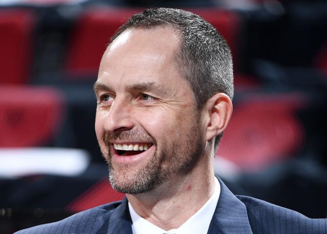 挖角成功 卡尼索瓦斯成为公牛新运营副总裁_NBA中国官方网站