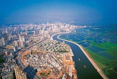 完善湾区高铁规划布局 强化深圳对外铁路联系