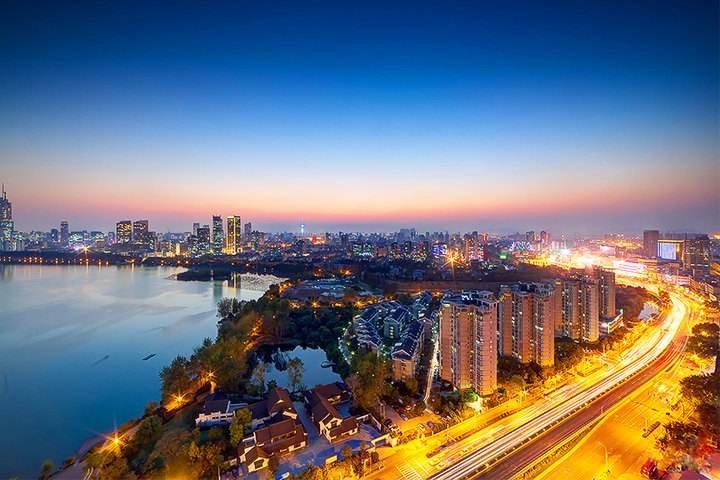 """南京:用""""工匠精神""""建设品质城市"""