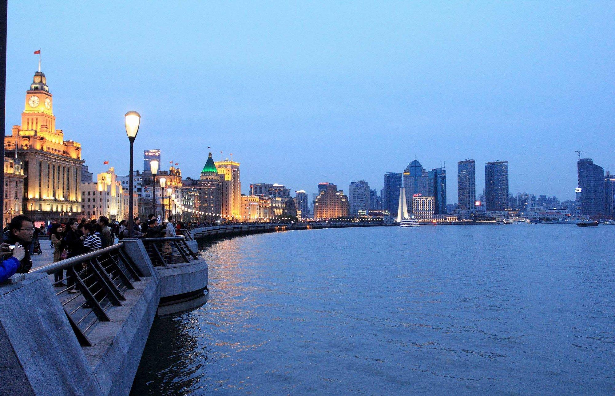 """上海5月起将在街镇层面上线""""养老顾问"""""""