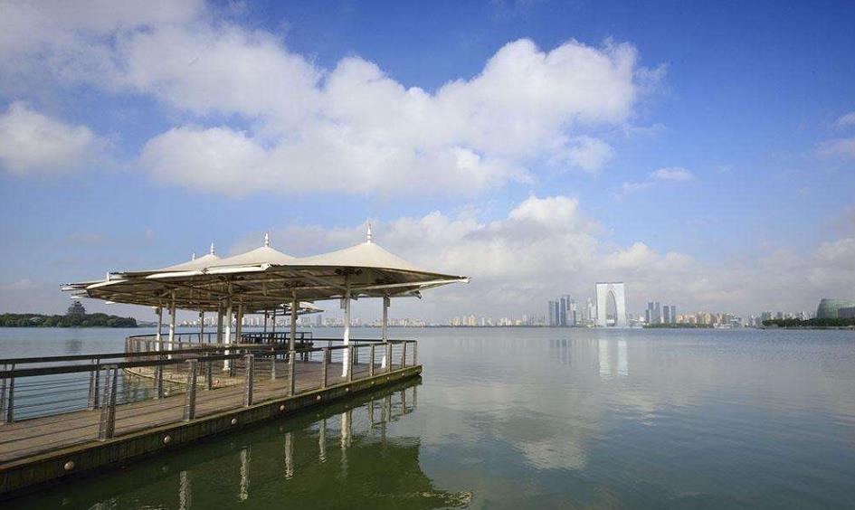 江苏建立五级湖长体系 湖泊生态环境损害责任终身追究