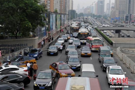 """2016全國""""堵城""""排名北京居第三 最堵的兩地是哪?"""