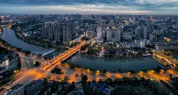 从重庆、成都和西安看西部的外贸春天