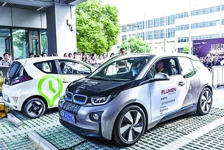 上海推动自动驾驶落地特定场景:卡车环卫车有望率先应用