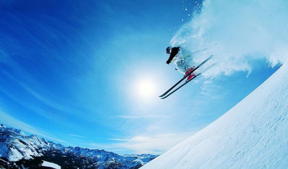 中国游客出境滑雪增长 首选日本、韩国和瑞士