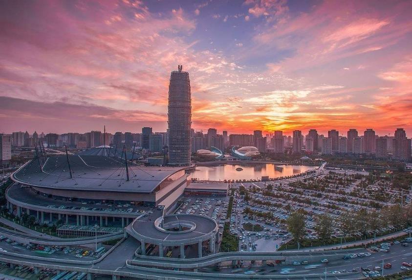 建设郑州国家中心城市的优势、挑战与对策