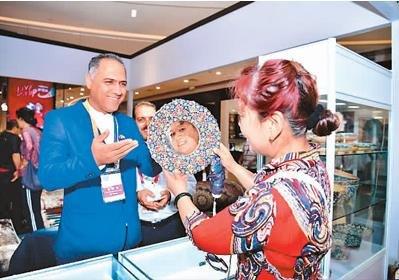 青岛举行上合组织国家进口商品展