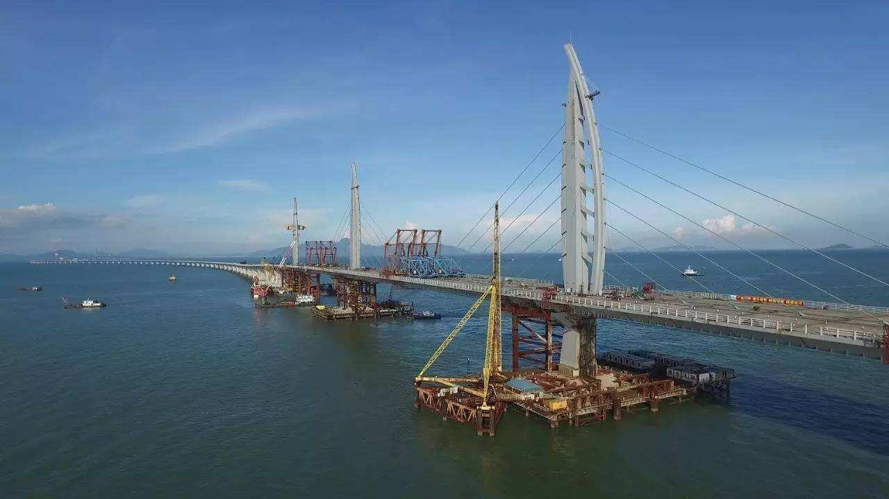 香港官员:港珠澳大桥香港段今年底可基本完工