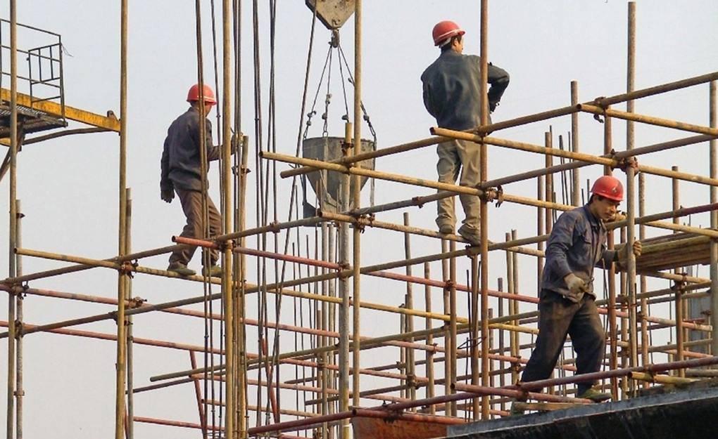 统计局:新生代农民工成主体 被拖欠工资比重下降