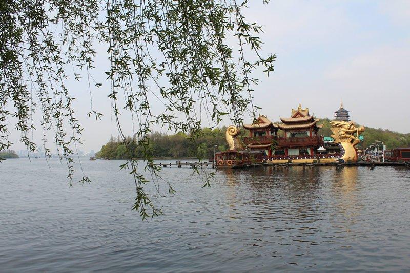 小而美的杭州提供了城市发展新思路